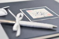 Livre d'or chic navy & blanc
